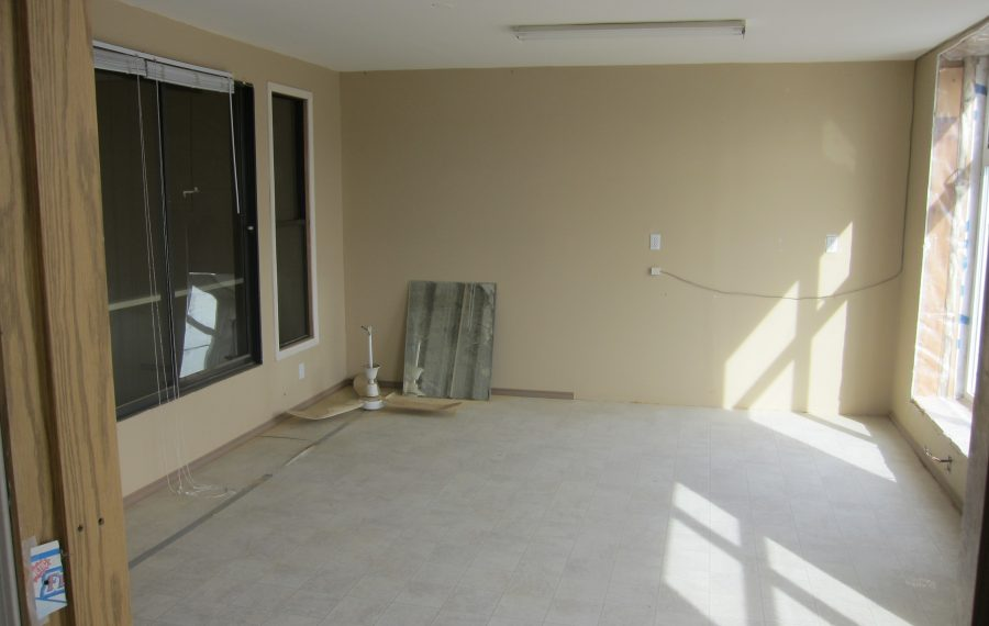 Service Commercial Space With Finished Office