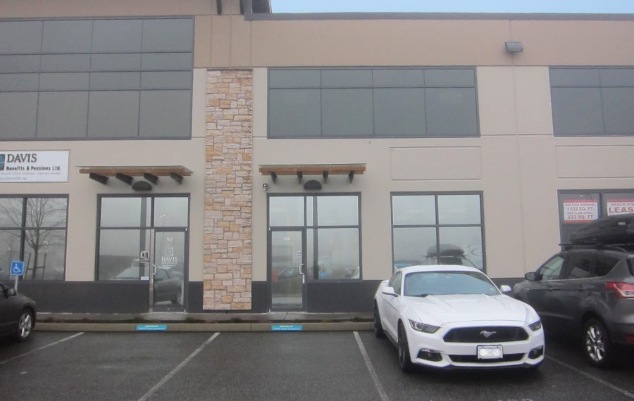 2,250 SF Campbell Heights Warehouse With Office