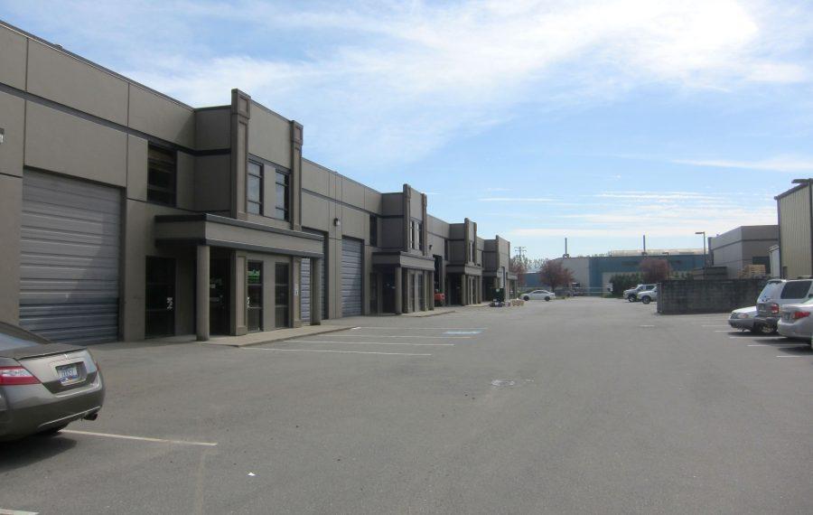 2,182 SF Industrial Warehouse
