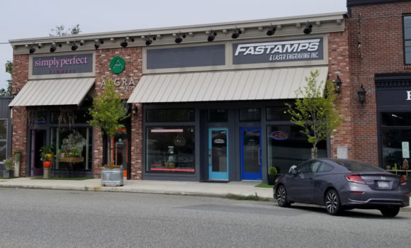 Fully Leased Multi-Tenant Retail Building