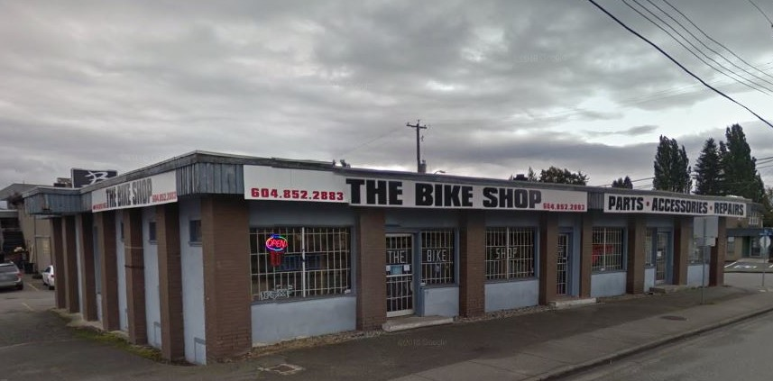 Freestanding Commercial Building in Abbotsford